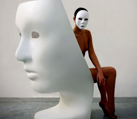 Face-chair-designed-Fabio-Novembre