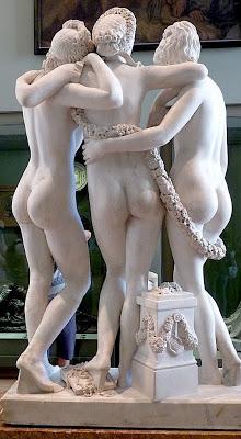Les Trois Grâces de Pradier au Louvre