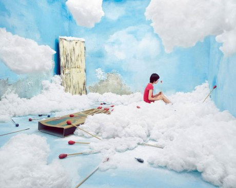 petite-fille-aux-allumettes-jee-young-lee-creates-dreamscapes