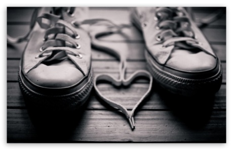 shoelaces_heart-t2
